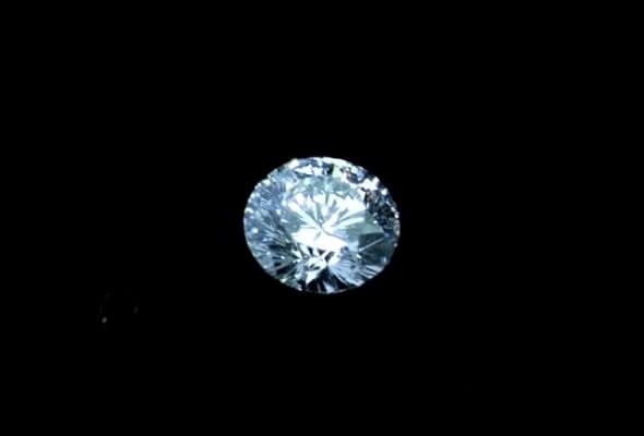 IMPERIAL DIAMOND(インペリアルダイヤモンド)